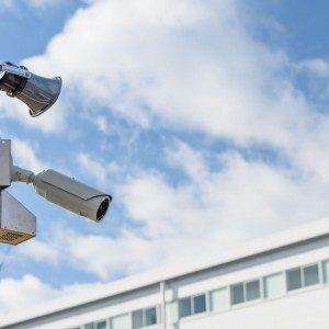 今や必須?介護施設の監視カメラ設置に関するポイントとは